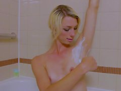 Sexy femboy shaving in bath