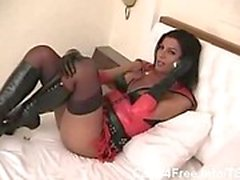 Shemale Gorgeous Tranny In Leather Drilled Hard!