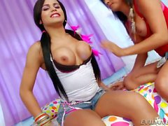 Bruna Butterfly n Beatrice Velmont anal