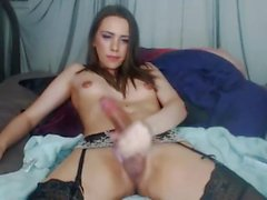 Shemale scarlettdoll using toy and cums