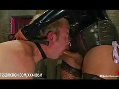 Asian tranny Yasmin Lee gets blowjob